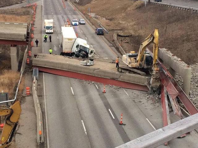 Cincinnati overpass collapse_1421760977695_12664759_ver1.0_640_480